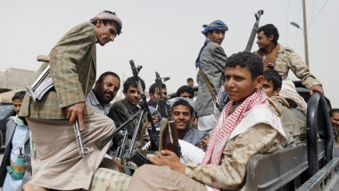 UN staff and diplomats flee Yemen