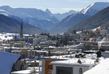 A general view of Davos during the annual meeting of the World Economic Forum (WEF) in Davos, Switzerland January 22, 2016.  REUTERS/Ruben Sprich - RTX23JFS