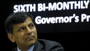 The Reserve Bank of India (RBI) Governor Raghuram Rajan listens to a question during a news conference after the bi-monthly monetary policy review in Mumbai, India, February 2, 2016.  REUTERS/Danish Siddiqui/Files