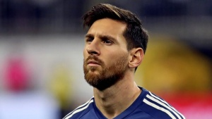 Jun 21, 2016; Houston, TX, USA; Argentina midfielder Lionel Messi (10) stands for the national anthem before the match against the United States in the semifinals of the 2016 Copa America Centenario soccer tournament at NRG Stadium. Kevin Jairaj-USA TODAY Sports