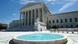 The building of the U.S. Supreme Court is seen in Washington, U.S., June 26, 2017. REUTERS/Yuri Gripas