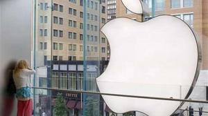 Reuters Bergin bites into Apple's tax practises