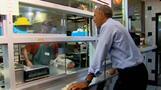 Obama eats no frills BBQ with Kansas City penpals