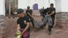Search for survivors after Peru quake