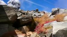 Hiker films as Japan's Mt Ontake erupts