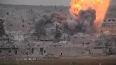 Airstrikes in Kobani as peshmerga prepare to take on Islamic State