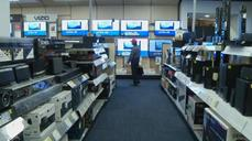 Best Buy crushes profit forecast