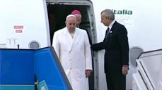 Pope in Turkey to meet with Muslim leaders