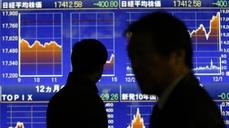 Asia markets stumble as oil tumbles