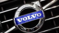 Made-in-China Volvos roll into U.S.