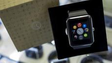 Fake Apple Watches fly off shelves in China