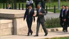 Obama and Japanese PM Abe visit Lincoln memorial