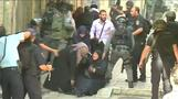 Palestinians, Israeli police clash at Jerusalem's al-Aqsa