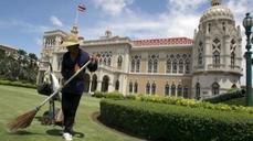 Sluggish growth pulls on Thai economy