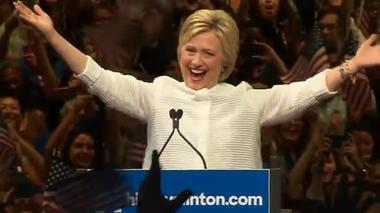 希拉里成为美国首位女总统候选人