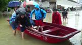 Thailand tourists stranded by heavy rains