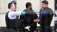 Police 'contain' plot in anti-terror raids