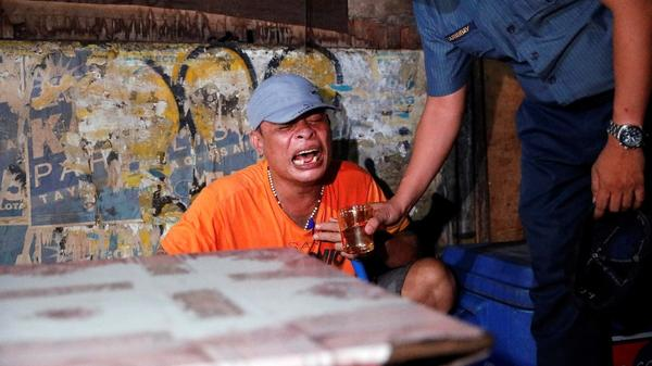 Philippines drug war intensifies after bloodiest night