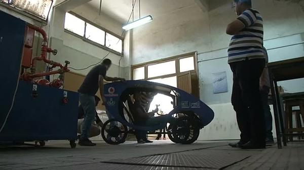 Students design solar-powered car to help Egypt's disabled