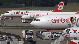 Air Berlin courts Lufthansa, easyJet as bidders