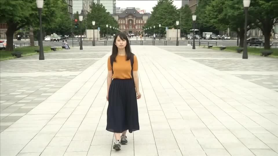 Specs on, heels off: Japan's dress-code fight