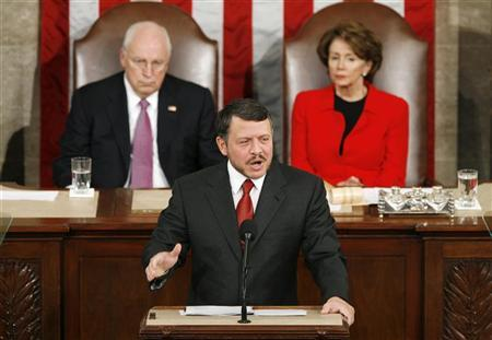 Jordan's King Abdullah addresses a joint meeting of Congress in the U.S. Capitol in Washington to speak about peace in the Middle East, March 7, 2007. At the back are U.S. Vice President Dick Cheney (L) and Speaker of the House Nancy Pelosi. REUTERS/Kevin Lamarque