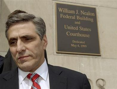 Hazleton Pennsylvania Mayor Lou Barletta walks into the William J. Nealon Federal Building and U.S. Courthouse, for the bench trial challenging a city ordinance penalizing landlords who rent to illegal immigrants and businesses that employ them. in Scranton, Pennsylvania March 12, 2007. REUTERS/Bradley C Bower