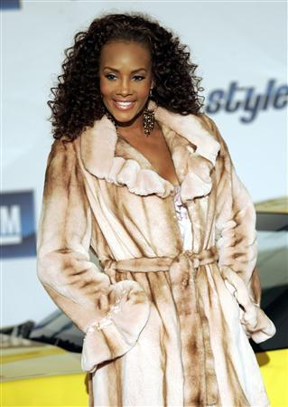 Actress Vivica A. Fox poses on the red carpet at the General Motors Style event during the 2007 North American International Auto Show in Detroit, Michigan, January 6, 2007 file photo. Fox was arrested on suspicion for drunken driving in Los Angeles, police said on Wednesday. REUTERS/Rebecca Cook