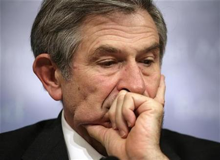 World Bank President Paul Wolfowitz looks down during a closing news conference at the final day of the International Monetary Fund and World Bank spring meeting in Washington, in this April 15, 2007 file photo. The scandal hanging over Wolfowitz has damaged his ability to preach against corruption in Africa, but Africans say the bank's anti-graft message must remain whether he stays or goes. REUTERS/Yuri Gripas