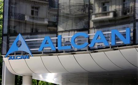The logo of Canadian aluminium group Alcan is seen at the entrance of the company's headquarters in Paris June 24, 2005. Norwegian aluminum group Norsk Hydro and global miner Rio Tinto declined to confirm or deny reports that they may place separate bids for Canada's Alcan. REUTERS/Charles Platiau