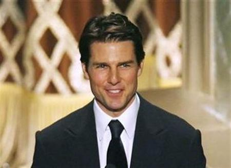 Tom Cruise presents the Hersholt Humanitarian Award at the 79th Annual Academy Awards in Hollywood, February 25, 2007. Germany has barred the makers of a movie about a plot to kill Adolf Hitler from filming at German military sites because Cruise is a Scientologist, the Defence Ministry said on Monday. REUTERS/Gary Hershorn