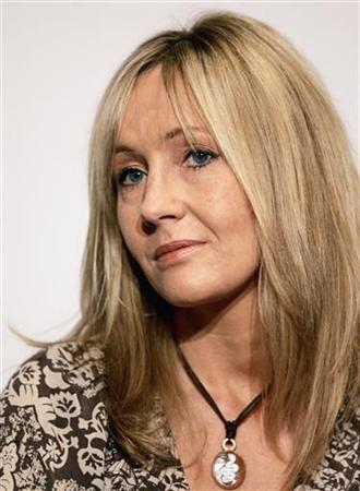 Author J.K. Rowling attends a news conference before a charity reading event in New York, in this fle photo from August 1, 2006. Thousands of Harry Potter fans have signed a petition urging Rowling to keep writing novels about the boy wizard after she admitted she could ''never say never'' to more books. REUTERS/Mike Segar
