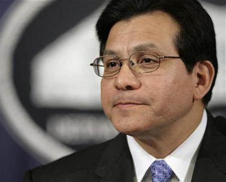 Attorney General Alberto Gonzales at the Department of Justice, June 5, 2007. Gonzales assured Congress in 2005 that the FBI had not abused powers granted under an anti-terrorism law despite having received reports of potential violations, The Washington Post reported in Tuesday editions. REUTERS/Yuri Gripas