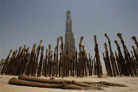 The Burj Dubai is seen in this May 26 ,2007 file picture. REUTERS/Steve Crisp/Files