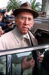 <p>Архивное фото израильского мультимиллионера и главы компании Нессима Гаона, 5 марта 1997 года. На сегодняшний день снят арест с большей части российских активов, заблокированных во Франции по иску компании Noga, и в ближайшее время будут освобождены оставшиеся средства, сообщило министерство финансов РФ. (Reuters/Archive)</p>