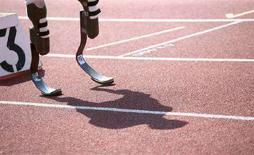 <p>Oscar Pistorius in pista a Stadskanaal, in Olanda. REUTERS/Karel Zwaneveld (NETHERLANDS)</p>