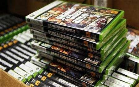 Stacks of the video game ''Grand Theft Auto IV'' can be seen as they go on sale at a GameStop store in New York April 28, 2008. REUTERS/Lucas Jackson