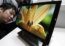 <p>Uno schermo Oled Sony. REUTERS/Yuriko Nakao (JAPAN)</p>