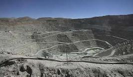 <p>La innovación minera global, que no ha mostrado grandes avances en cerca de medio siglo, podría dar un salto a medida que se inspira en robots y enormes gusanos del fondo marino para lograr nuevas riquezas, aseguran expertos tecnológicos. Los mineros tendrán que empezar a gastar más en innovación a medida que les cuesta más dar con los recursos, dijo Sverker Hartwig, jefe de tecnología e inventor del fabricante global de maquinaria minera Atlas Copco . Photo by Ivan Alvarado/Reuters</p>