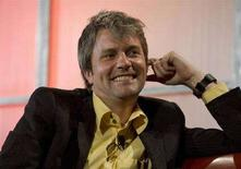 <p>L'amministratore delegato di MySpace Chris DeWolfe in una foto dell'ottobre scorso. REUTERS/Kimberly White</p>