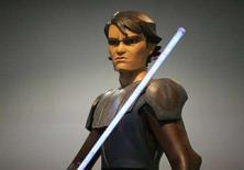 """<p>Riproduzione a grandezza naturale di un personaggio di """"Clone Wars"""". REUTERS/Mike Blake (UNITED STATES)</p>"""