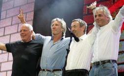 <p>I Pink Floyd, da sinistra Dave Gilmour, Roger Waters, Nick Mason e Rick Wright in una foto del 2005 in occasione dio un concerto all'Hyde Park di Londra. REUTERS/Stephen Hird/Files</p>
