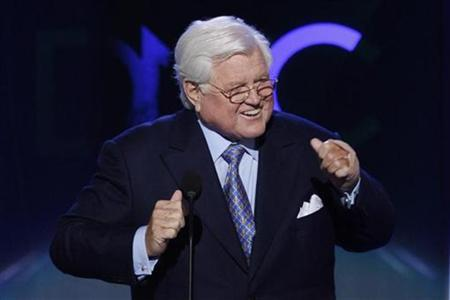 U.S. Senator Ted Kennedy (D-MA) gestures as he addresses the 2008 Democratic National Convention in Denver, Colorado August 25, 2008. REUTERS/Mike Segar