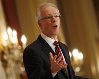 <p>Liberal leader Stephane Dion delivers a speech to a joint meeting of the Empire and Canadian Clubs in Toronto, October 8, 2008. Canadians will head to the polls in a federal election on October 14. REUTERS/Shaun Best</p>