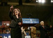 """<p>La candidata republicana a la vicepresidencia estadounidense, Sarah Palin, durante la campaña electoral de los republicanos en Bethlehem, Pensilvania, EEUU, 8 oct 2008. Un hombre de Tennessee ha sido acusado de """"hackear"""" el correo electrónico personal de la candidata republicana a la vicepresidencia Sarah Palin, dijo el miércoles el Departamento de Justicia. REUTERS/Carlos Barria</p>"""