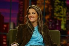 <p>File photo shows Lisa Marie Presley in Burbank, California May 1, 2003. REUTERS/Fred Prouser</p>