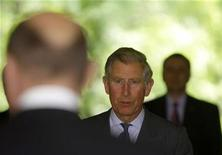 <p>Prince Charles arrives at Cotroceni Presidential Palace in Bucharest May 6, 2008. REUTERS/Bogdan Cristel</p>