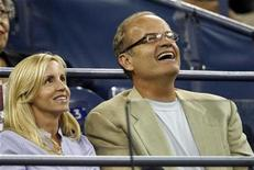 <p>Actor Kelsey Grammer (R) and wife Camille watch a match at the U.S. Open tennis tournament in Flushing Meadows, New York August 27, 2008. REUTERS/Jeff Haynes</p>