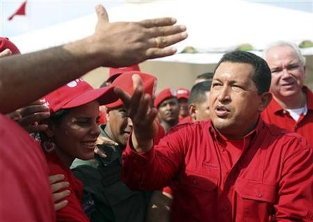 Venezuela's President Hugo Chavez greets supporters in Cumana, 400km east of Caracas in this file photo from October 19, 2008. REUTERS/Ho-Miraflores Palace