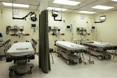 <p>Beds lie empty in the emergency room in a file photo. REUTERS/Lee Celano</p>